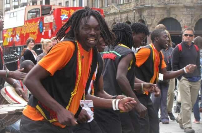 africains-810x536