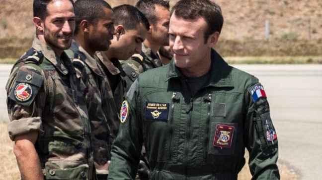 Macron soldat